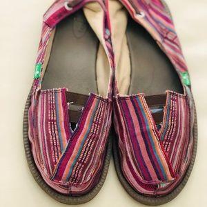 Shoes - Sanuk Womens Canvas Slip On - 41/ 10